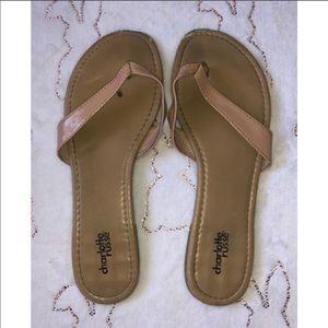 🌸Tan Charlotte Russe Flip Flops
